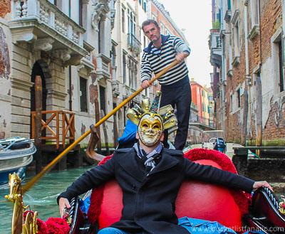 Venice - Gondola & Mask - Bucket List