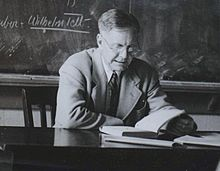 John Crowe Ransom as an older man at Kenyon College in 1940.