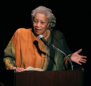 Toni Morrison speaking at a dinner in honor of Chinua Achebe in February of 2008. Photo by Entheta.