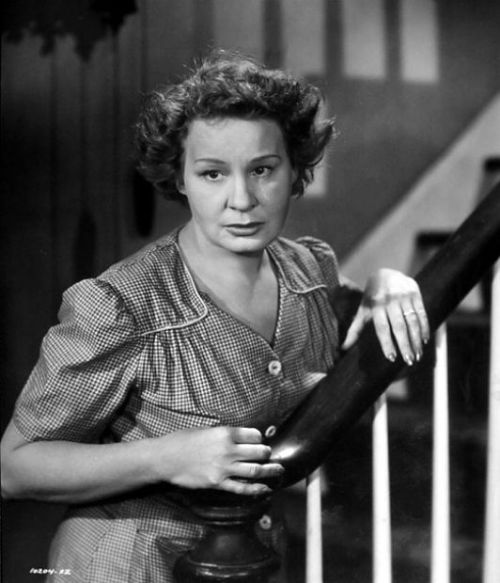 "Shirley Booth in the film version of ""Come Back, Little Sheba""--an incredible performance. (Photo: classicmoviesblogspot.com)"