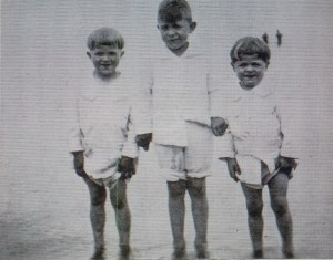 Rodger Young (far right) with two of his brothers in the early 1920s (Photo credit: LIfe Magazine).