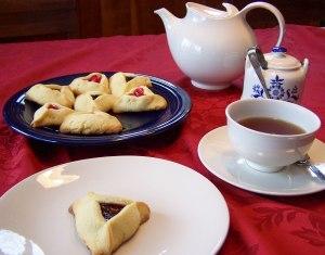 Hamentashen and tea; photo by L. Goldman