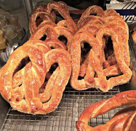 buttered-soft-pretzels_newtown-pa-dutch-farmers-market