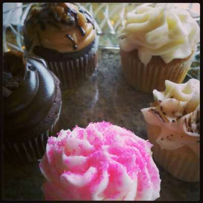 Cupcakes at Crossing Vineyards