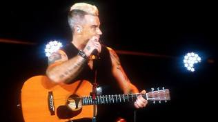 Robbie Williams live concert Bucuresti 2015 4