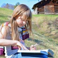 9 lecturi de vacanță pentru 10-12 ani pe care să le citești pe îndelete