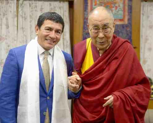 Juan Ruiz Naupari with His Holiness the 14th Dalai Lama Tsonghkapa2019