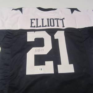 Ezekiel Elliott Dallas Cowboys Hand Signed Autographed Jersey