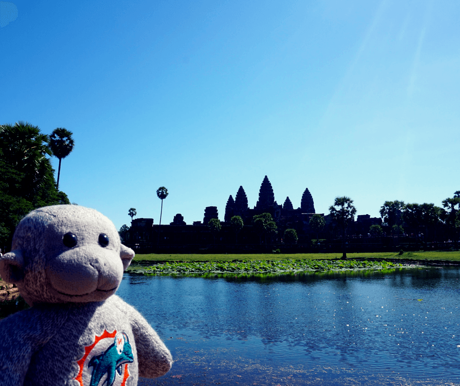 Angkor Wat tourist photo