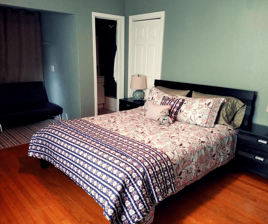 Main bedroom of bungalow in Mango Inn