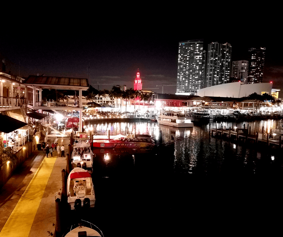The Bayside waterfront with shops, restaurants, and boats in Miami