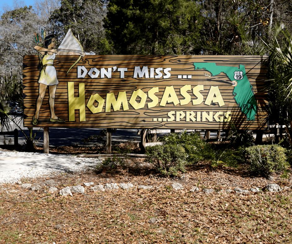 Homosassa Springs sign