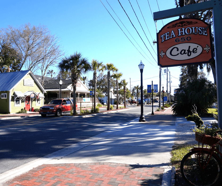 Tea House 650, cafe in Heritage Village
