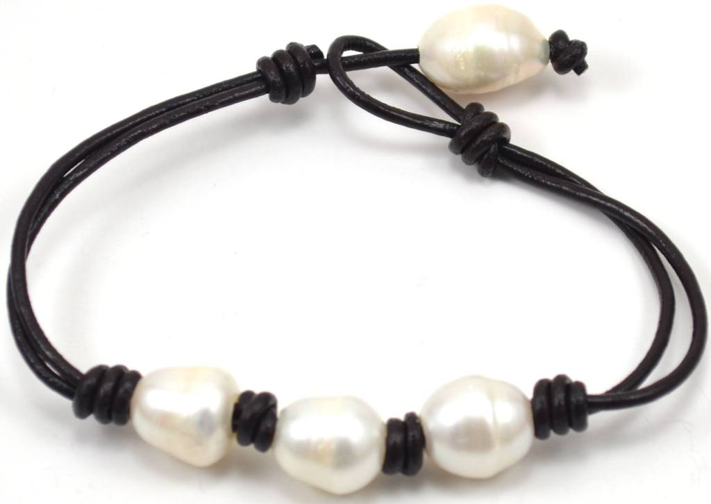 4 pearl baroque leather bracelet white