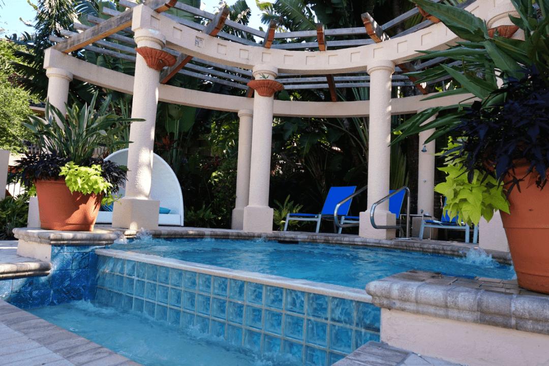 the mineral pool at PGA national resort and spa