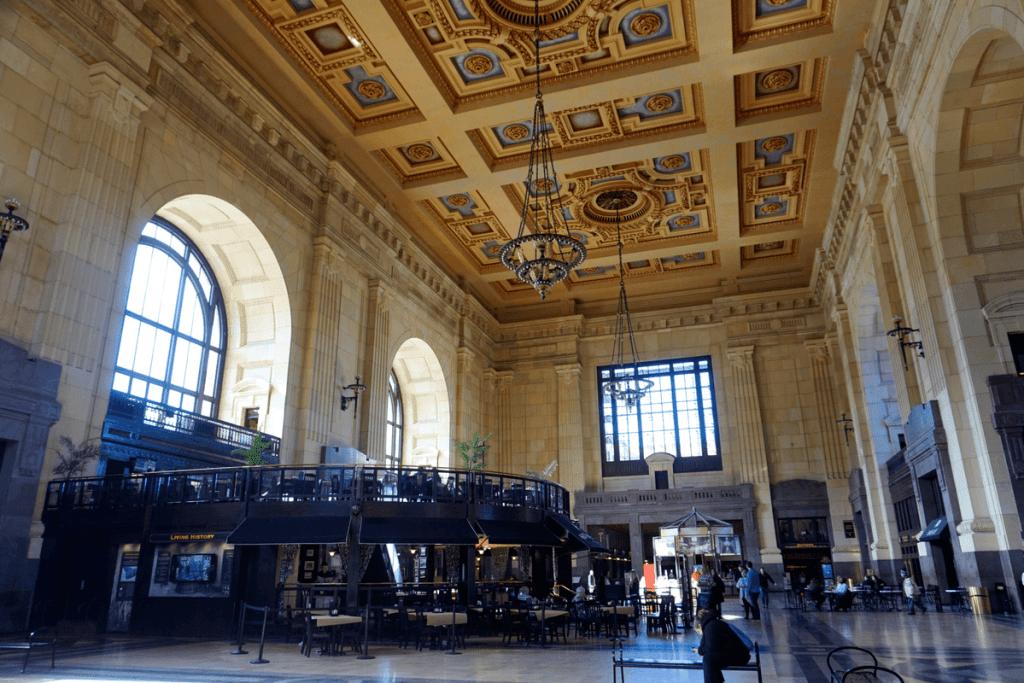 The gorgeous interior of the Kansas City Union Station