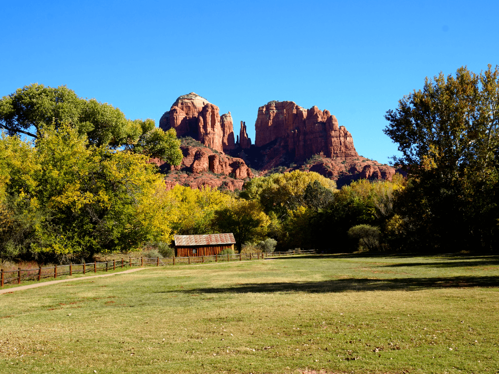 Crescent Moon Trail is one of the best Sedona hiking trails