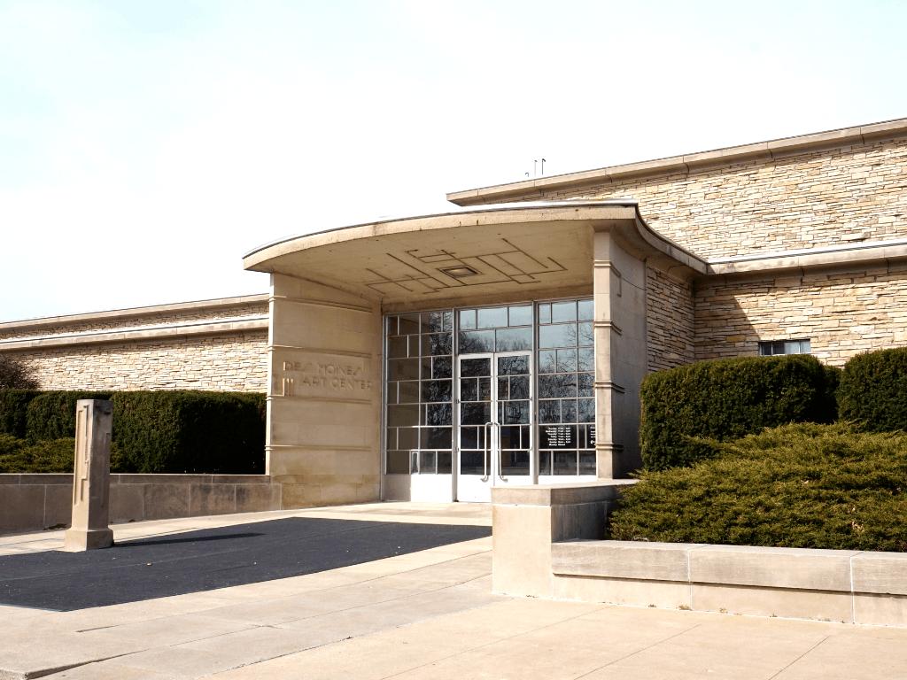 Des Moines Art Center Museum