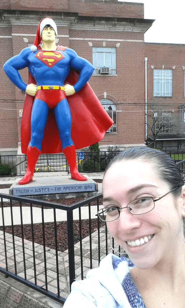 This giant superman statue is in Metropolis Illinois