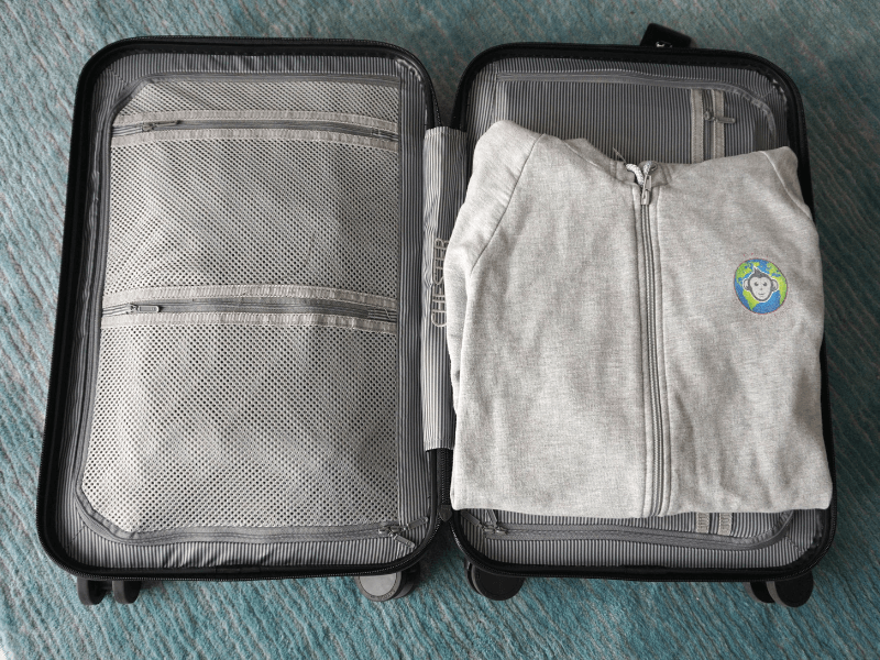 There was still room to put a sweater between the two halves of the Chester Carry-On