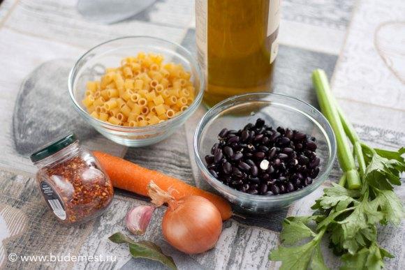 Ингредиенты для приготовления пасты с фасолью