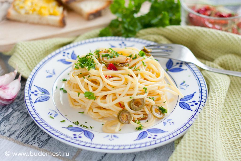 Спагетти альо ольо пепперончино