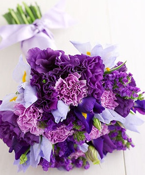 Purple Flowers for Weddings on a Budget   Budget Brides Guide   A     purple carnation bouquet   purple flowers for wedding