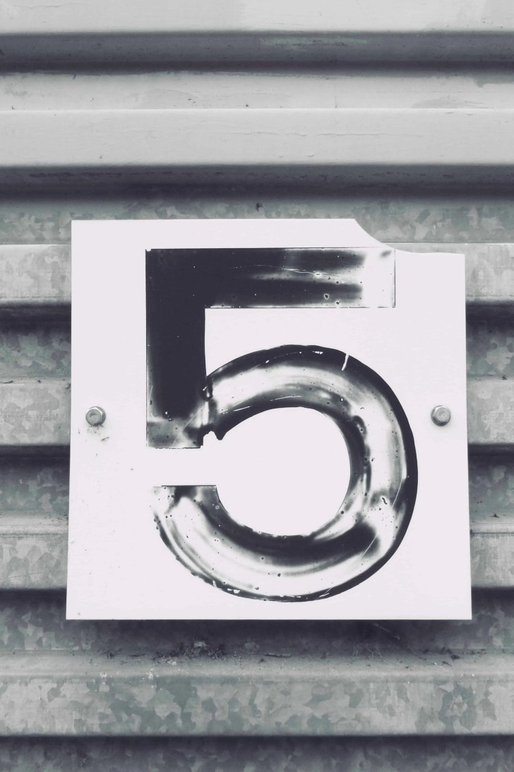 metal background with the number 5