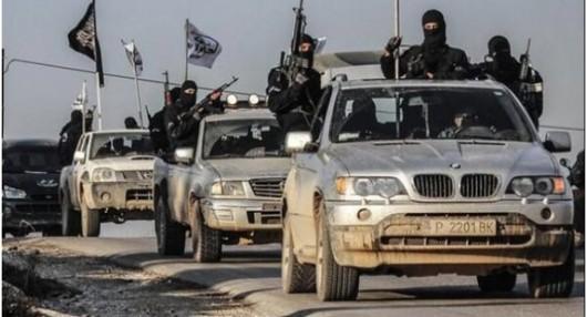 """Бойци на """"Ислямска държава"""" карат джип с пловдивска регистрация"""