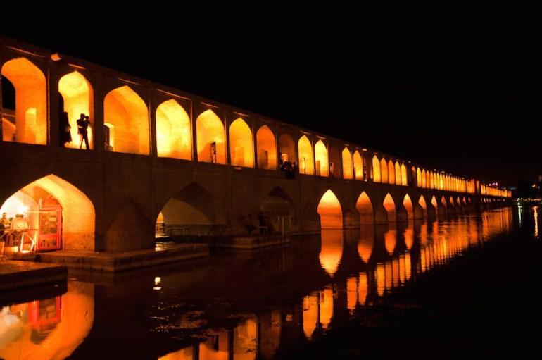 ponte 33 arcos irã