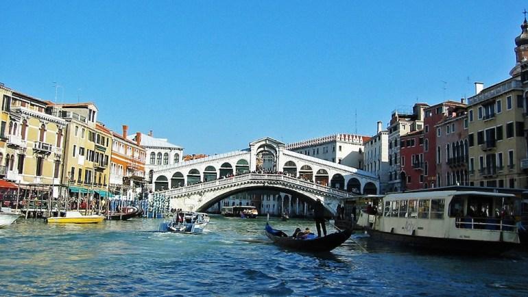 ponte de rialto veneza