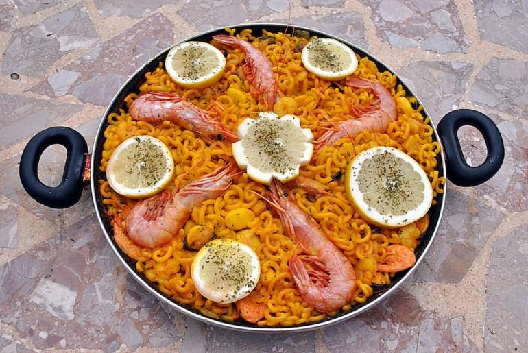 comidas tipicas barcelona fideua