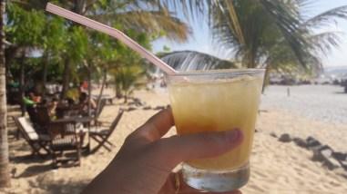 Caipifruta na praia de Jeri