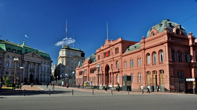 casa rosada buenos aires argentina plaza de mayo