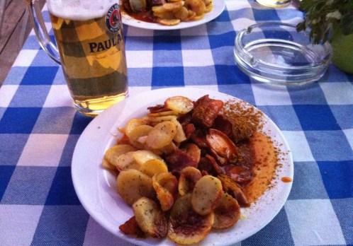 Cerveja e comida alemã