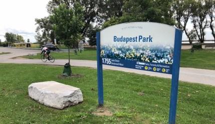 Budapest Park, perto da praia de Sunnyside