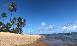 Mar calmo na Praia do Tivoli