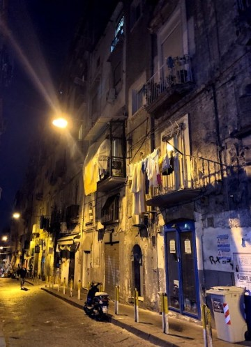 tipica rua napoles