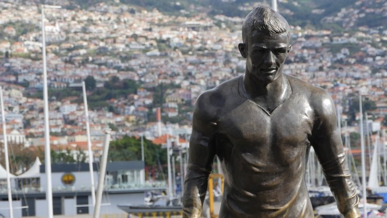 Estátua de Cristiano Ronaldo
