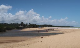 Chegada na Praia dos Nativos