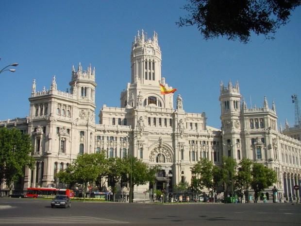Sede del Ayuntamiento de Madrid (Antiguo Palacio de Comunicaciones). Crédito: Wikimedia
