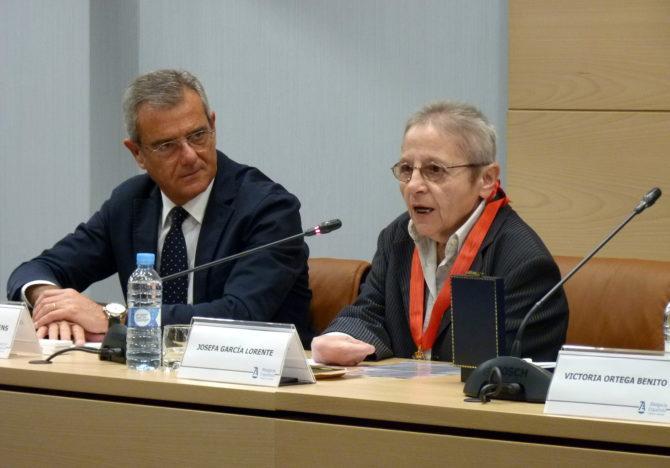 Josefa García Lorente del ICAM consigue la Medalla al Mérito en la Abogacía