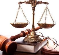 La actividad jurídica encabeza la cifra de negocio del Sector Servicios