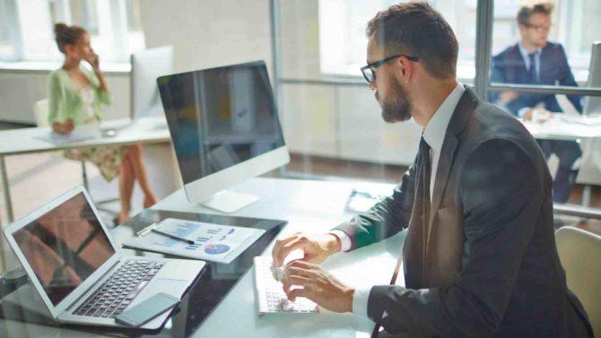 Los despachos de abogados españoles transforman sus nuevas sedes al mundo digital