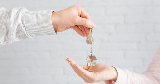 Traspaso del seguro de hogar en la venta de inmuebles