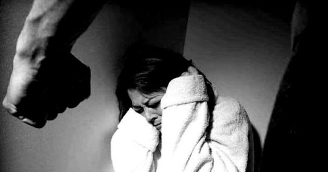 Agresión recíproca: violencia de género para el hombre y violencia doméstica para la mujer