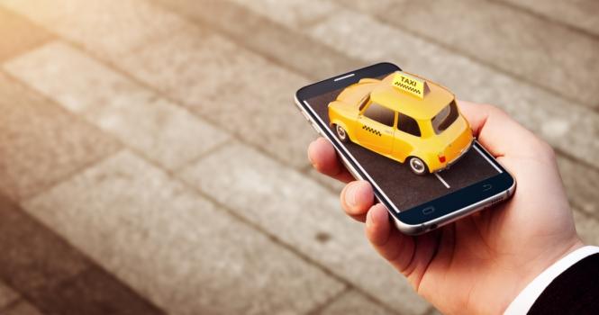 Las app de taxis y Uber no son lo mismo