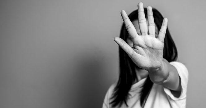 El confinamiento disminuye las denuncias por violencia de género