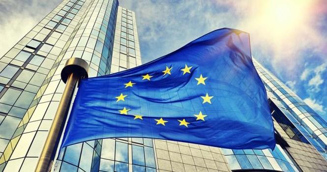 Comisión Europea escuchará a los jueces por reforma del CGPJ