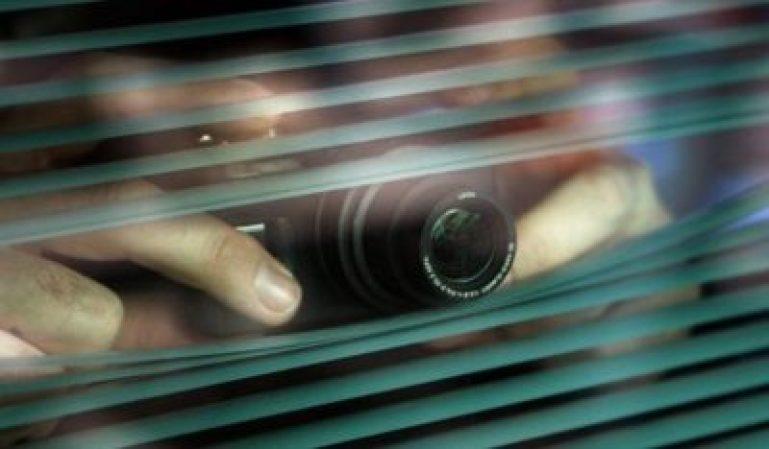 La empresa no puede poner cámaras ocultas